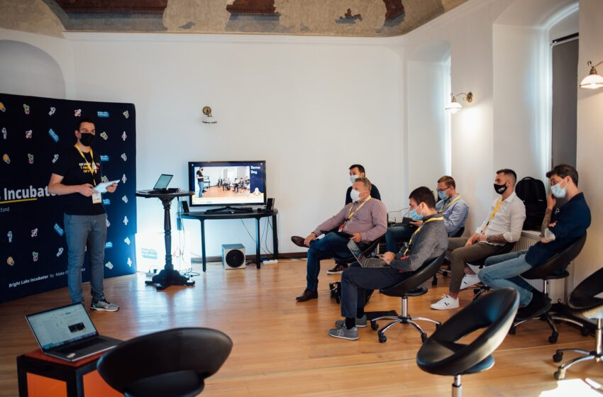 Make IT in Oradea selected 8 startups for the Bright Labs Incubator program